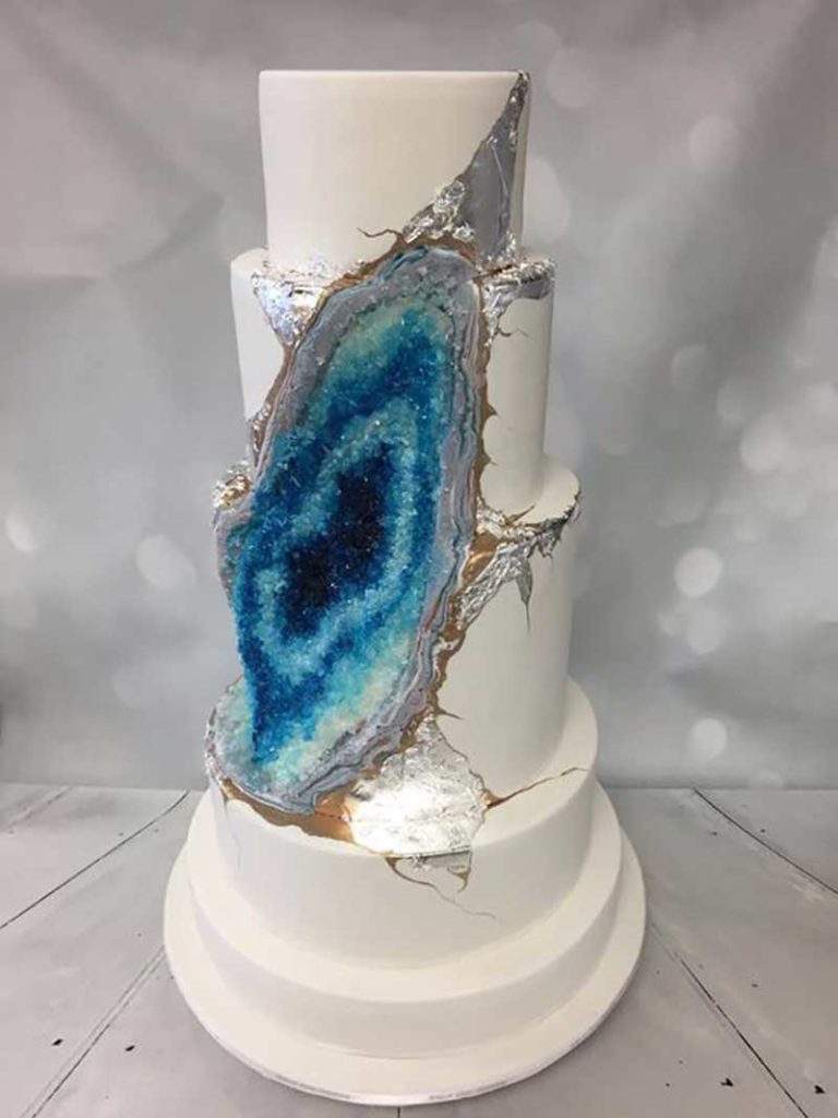 Blue and white geode wedding cake