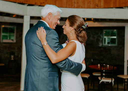 Father and daughter dance at Minnesota wedding reception